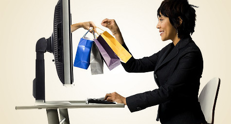 retail marketing_online-holiday-shopping
