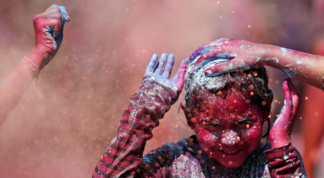 A Colorful Look at the Hindu Holi Celebration