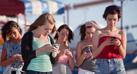 Pew Study Reveals Huge Rise in Teen Use of Mobile Internet