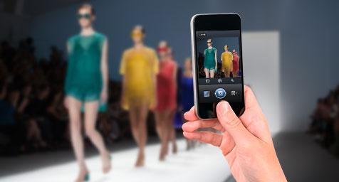 Instagram Inspires Fashionistas to Pose and Post at New York Fashion Week